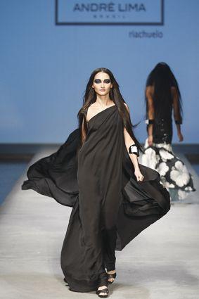 Riachuelo apresenta coleção Fashion Five
