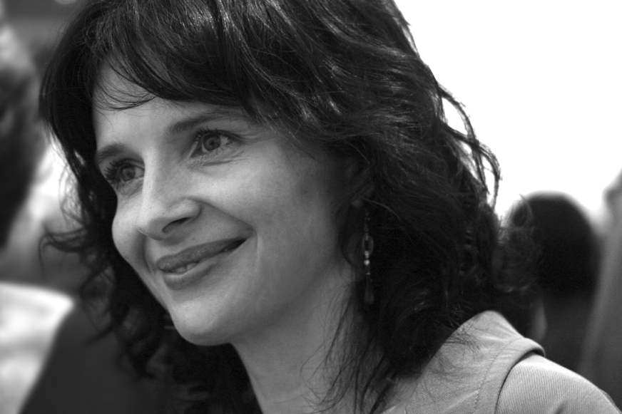 Juliette Binoche Born  Is A French Actress Artist And Dancer She Has Appeared In More Than 40 Feature Films Been Recipient Of Numerous