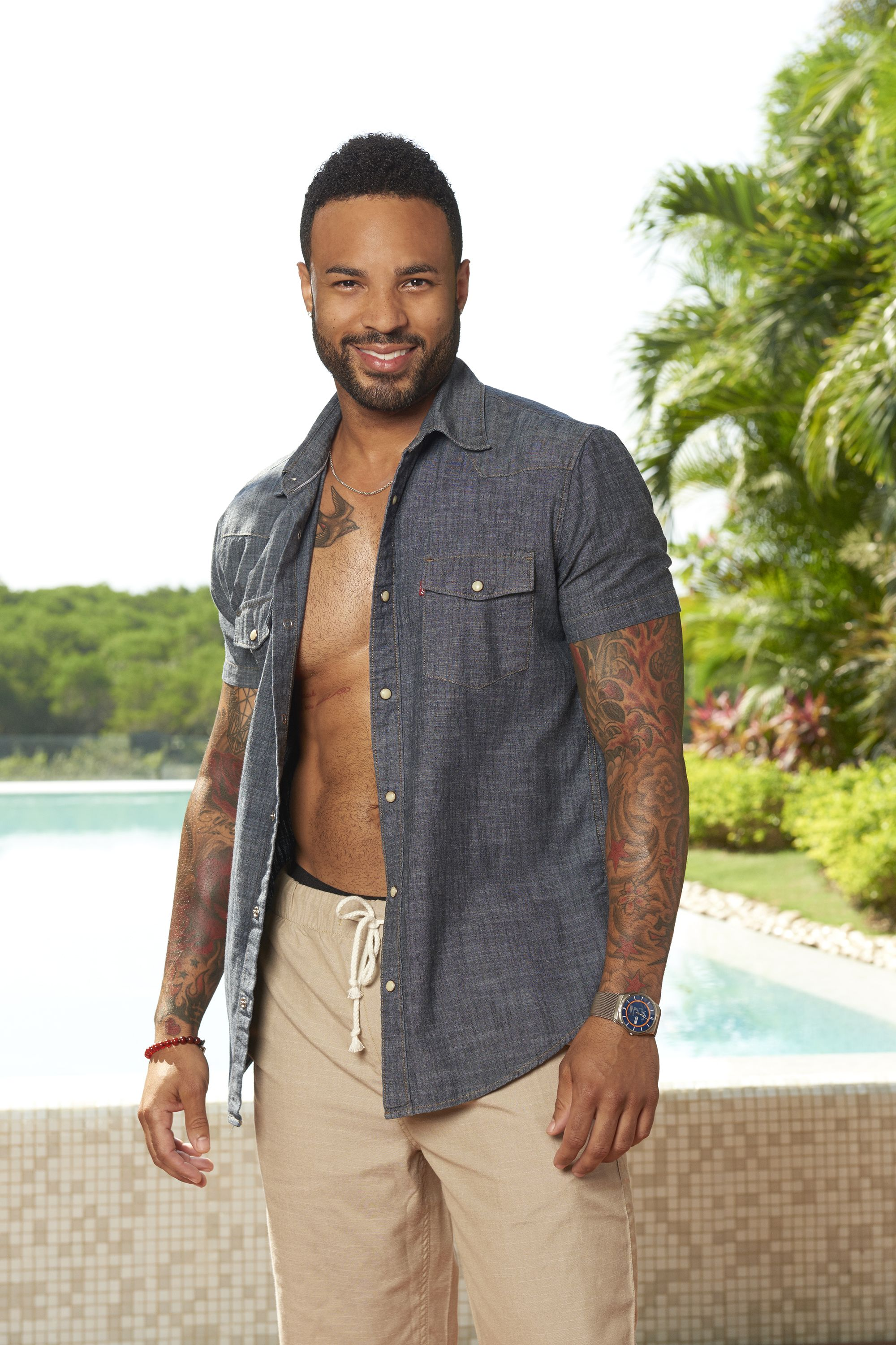 Pin For Later: Bachelor In Paradise Lineup: Here Are The Sexy Franchise  Favorites Playing Jonathan Holloway Age: 33 Previous Season: Kaitlyn  Bristowe Most ...