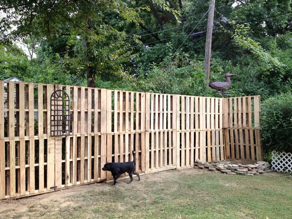 Awesome Garden Fence From Pallets And How To Make It Wood