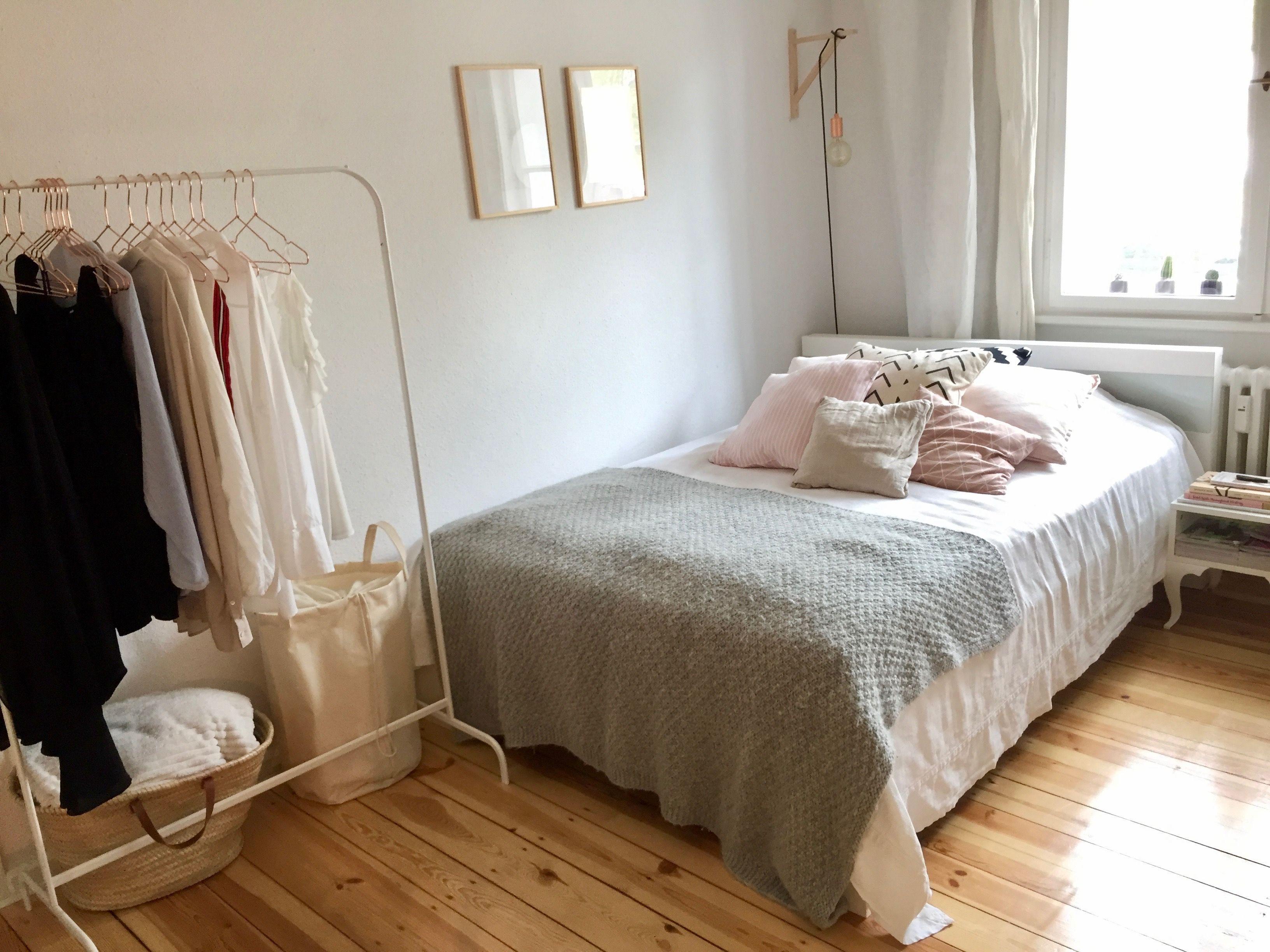 Helles Wohlfuhl Zimmer In Berliner Wg Wg Zimmer Wg Zimmer Einrichten Ideen Zimmer