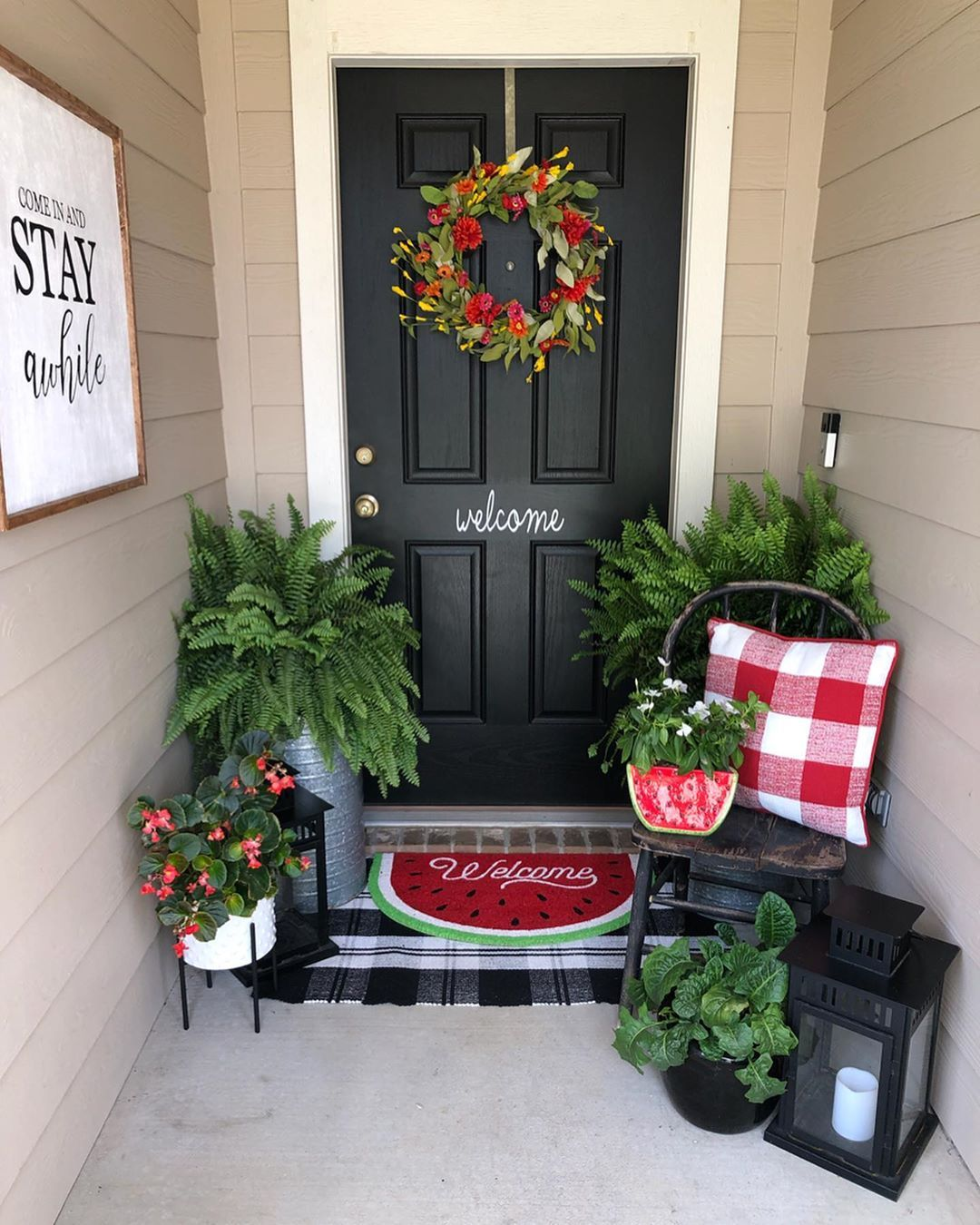 "Casey on Instagram: ""Happy Friday, friends! If you have been following me for a while, you know my porch is one of my favorite spaces to decorate…it's…"" #smallporchdecorating"