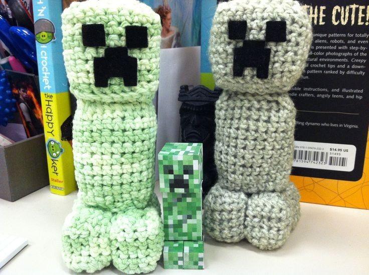 Hand-Knitted Minecraft Creeper Crochet Amigurumi Patterns - Crochet ...
