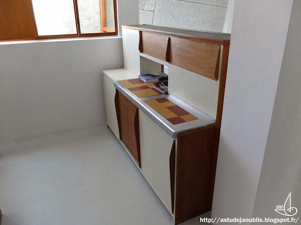 Marseille cit radieuse unit d 39 habitation architecte for Le corbusier meuble