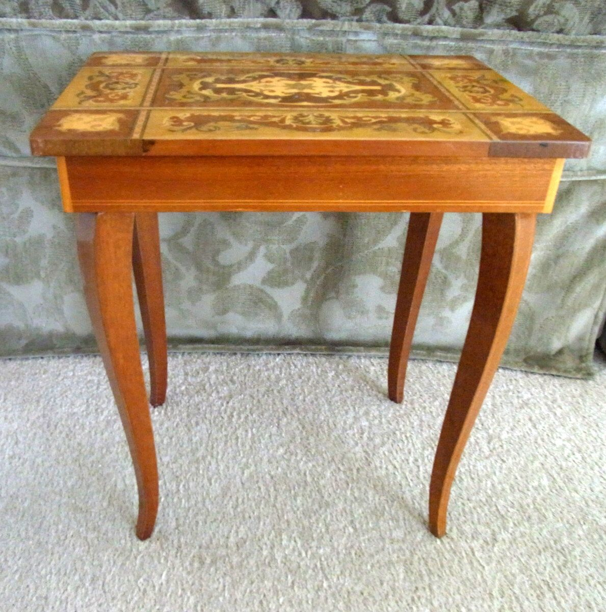 vintage marquetrytable jewelry box music box table with reuge swiss rh pinterest com