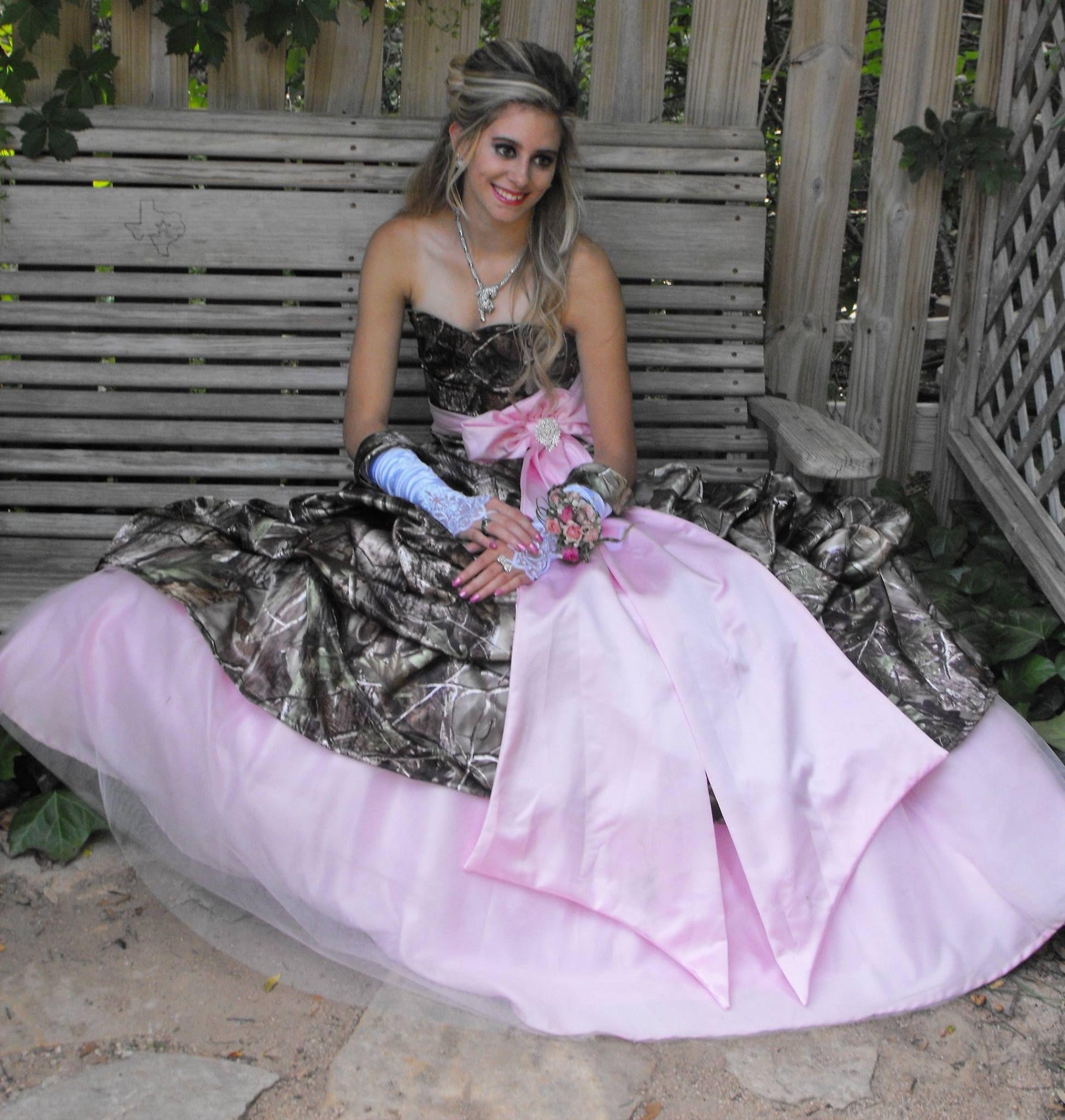 Realtree APG Camo Prom Dress #Realtreecamo   Camo Prom   Pinterest ...
