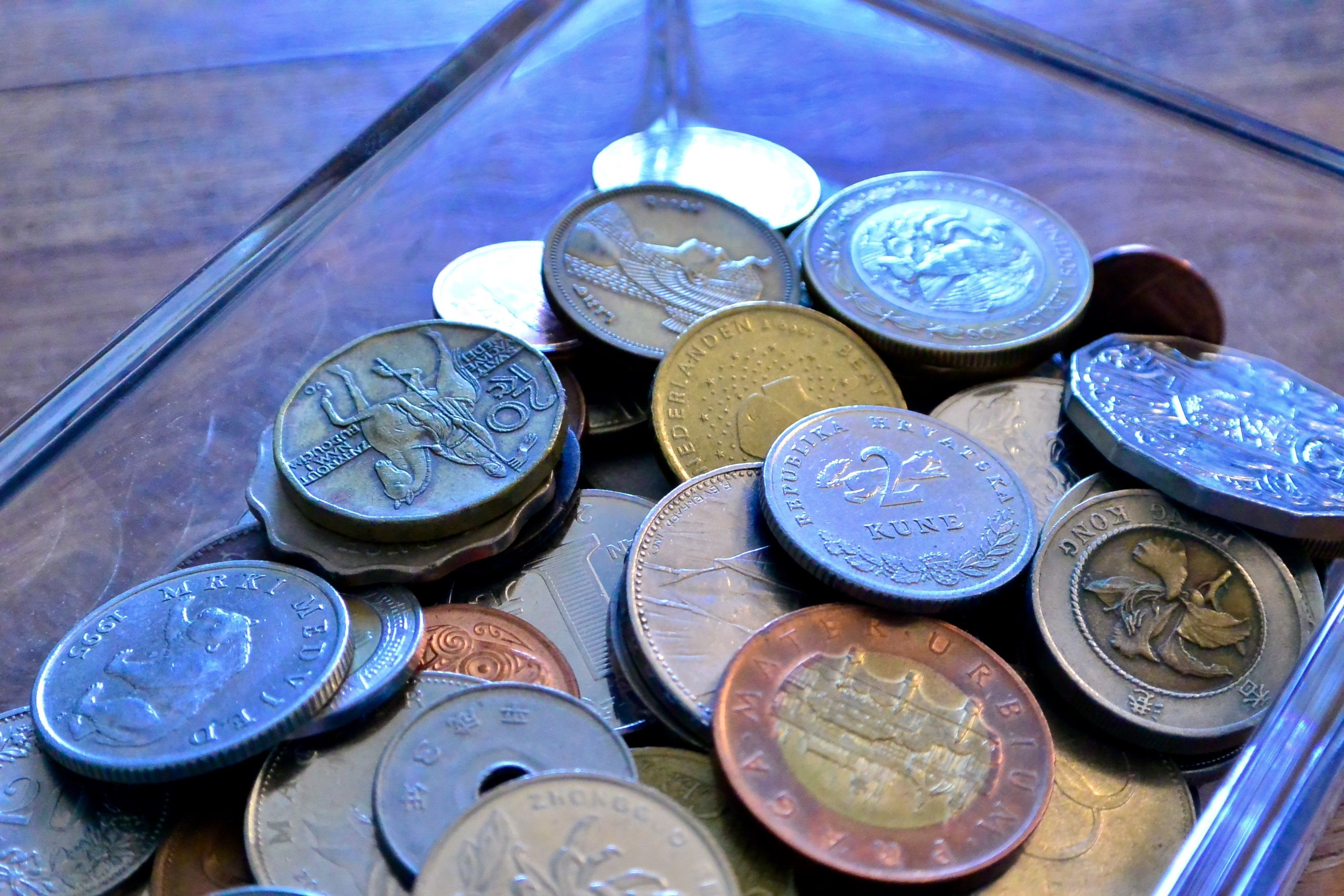 Learn how to get the best deal when buying coins and how to get the most  money when selling coins. You can find an hones…   Coin prices, Coin  buyers, Sell old