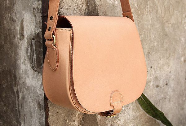 Handmade vintage leather messenger crossbody Shoulder Bag for girl wom