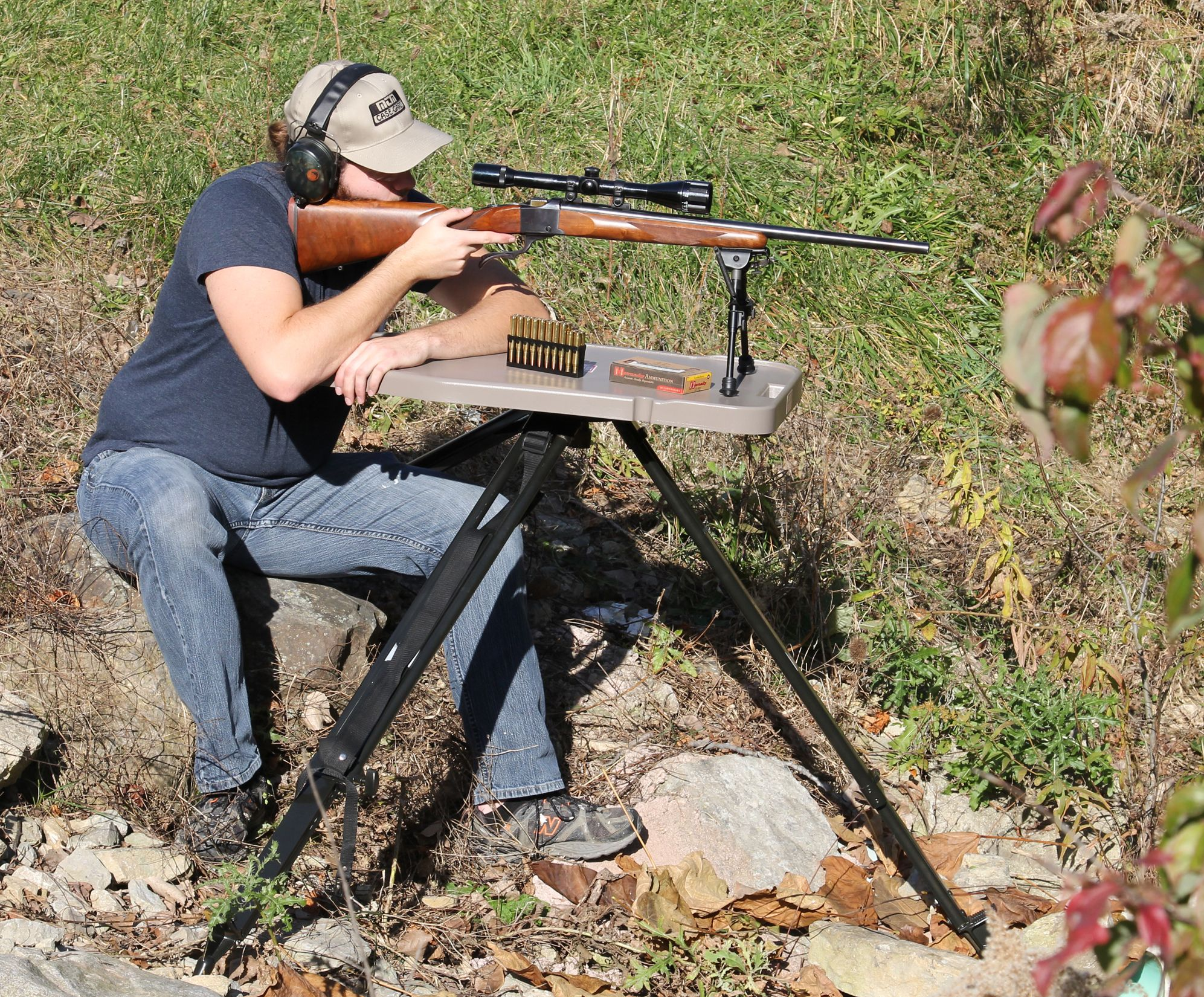 mtm adjustable bench rest style shooting table guns pinterest rh pinterest com
