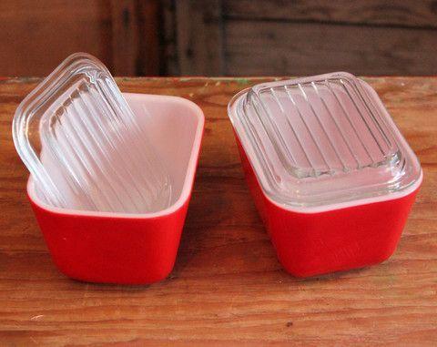 Plat Pyrex Avec Couvercle : petit plat rectangulaire pyrex rouge avec couvercle ~ Nature-et-papiers.com Idées de Décoration