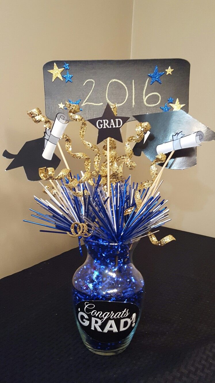 graduation centerpiece made by liz brads graduation graduation rh pinterest com