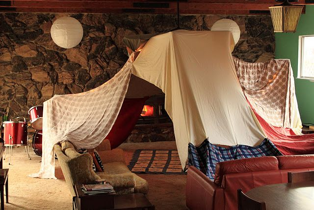 build and play in blanket forts grandchildren blanket fort rh pinterest com