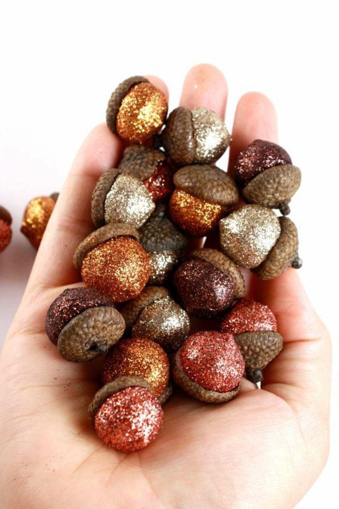 glitter acorns weihnachten Pinterest Glänzend, Tisch und Deko - herbst deko ideen fur ihr zuhause