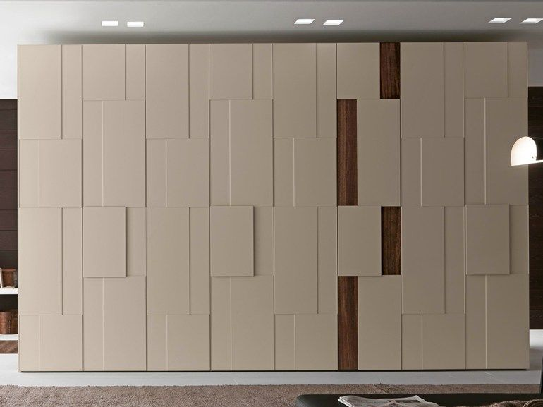 Sectional lacquered wardrobe step tecnopolis collection by for Presotto industrie mobili