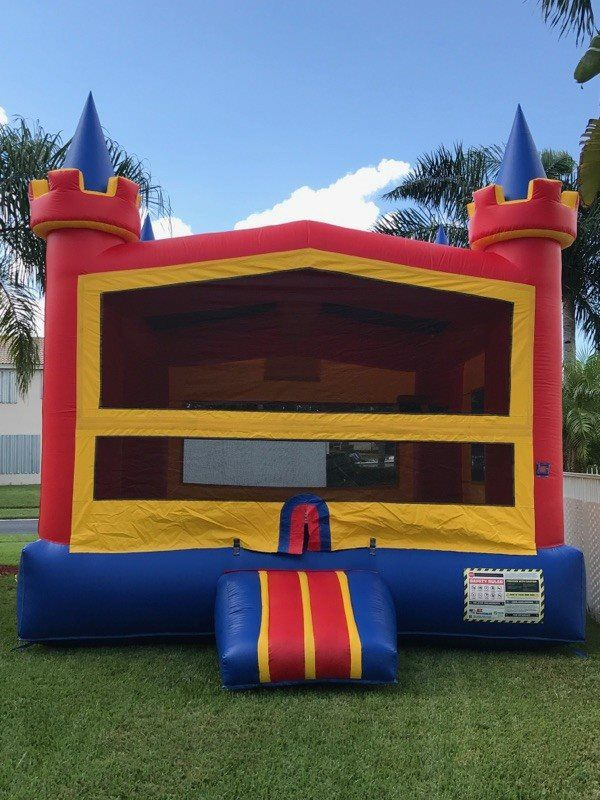 Classic Bounce House for a kids birthday party Hire a bounce house