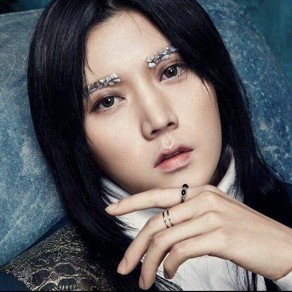 [PIC] NU'EST 4th Mini Album 'Q is' photo: REN