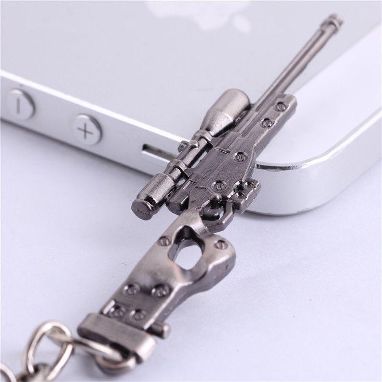 CSGO AK47 AMW Gewehr KeyChains Tritium Metall CS UNTERWEGS Schlüsselring halter Für Beste Freunde Chaveiros Llaveros Für Männer Porta Porte Clef