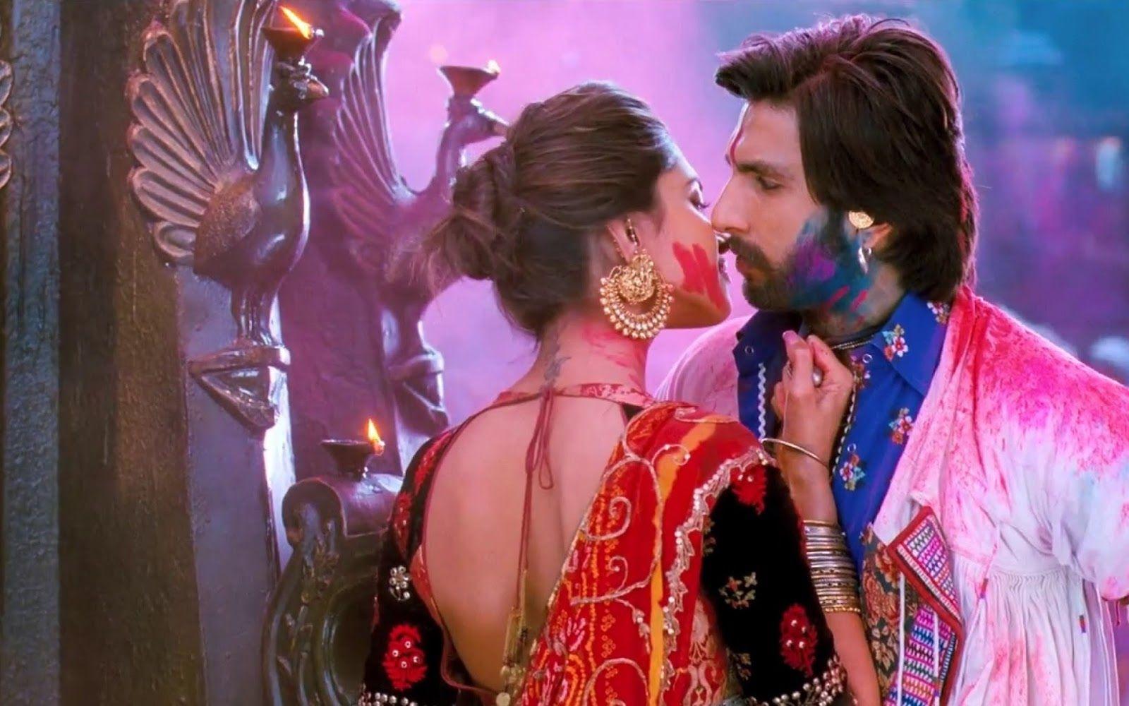 Every One Watch Ramleela Movie Number Of Times Because Of The This Couple Deepika Padukone Ranveer Singh Kissing S Deepika Padukone Ranveer Singh Leela Movie