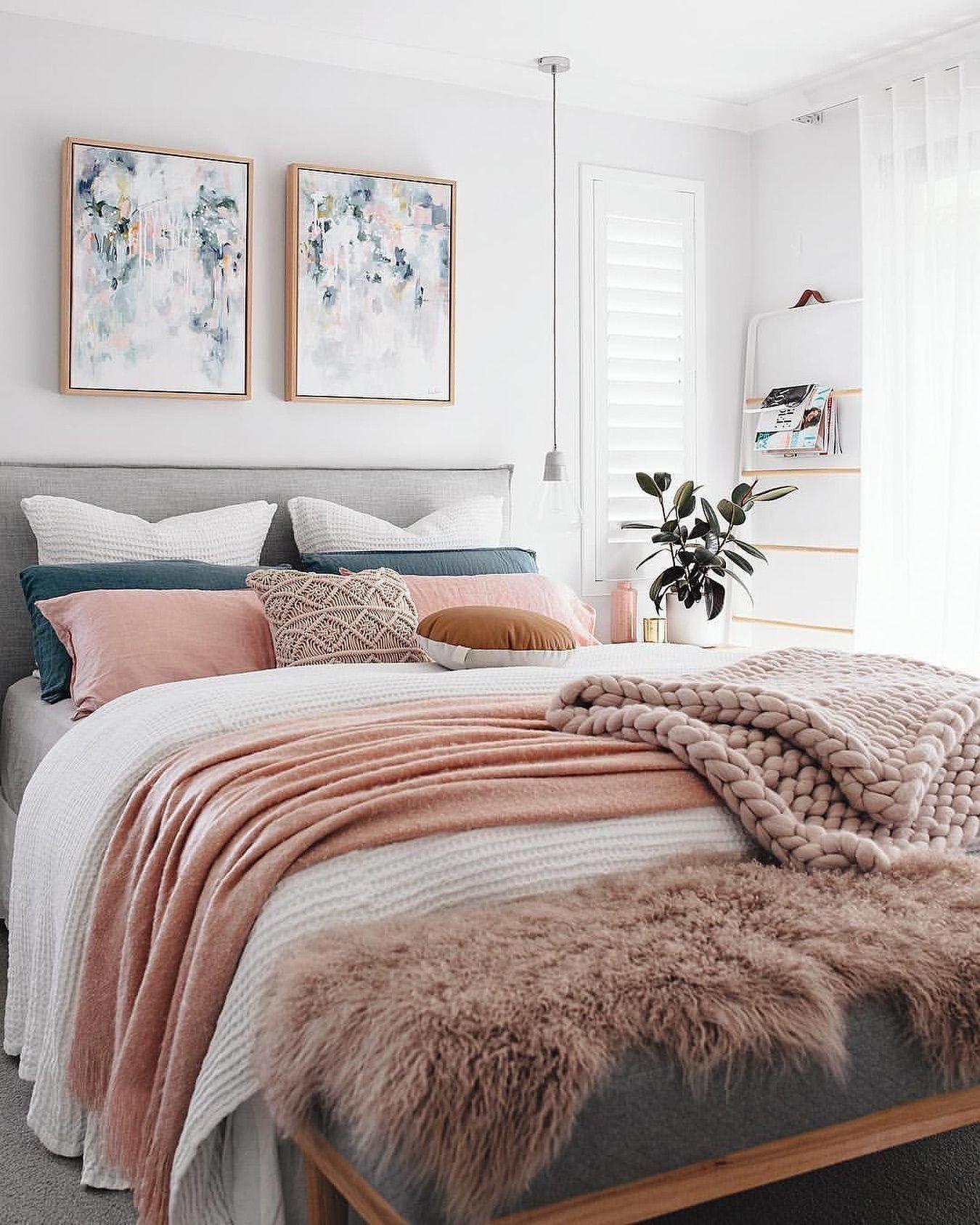 white pink feminine bedroom inspiration cozy beds femininehomedecor rh pinterest com