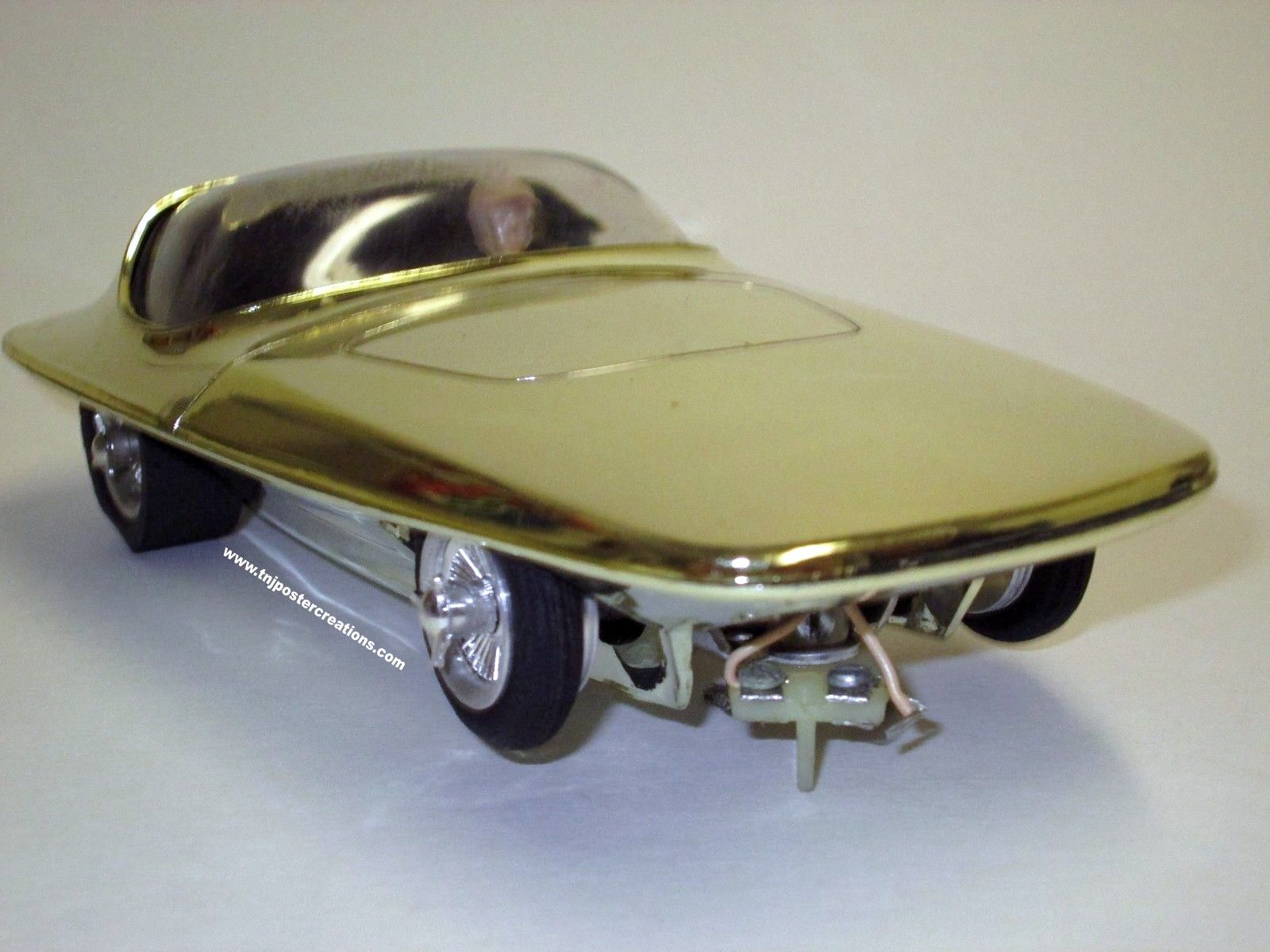 MPC Dyno SC-100 1/32 scale slot car in gold  | vintage model