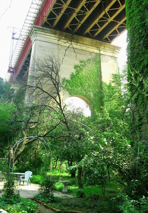 Secret Garden in Astoria, Queens | City Things | Pinterest | Queens ...