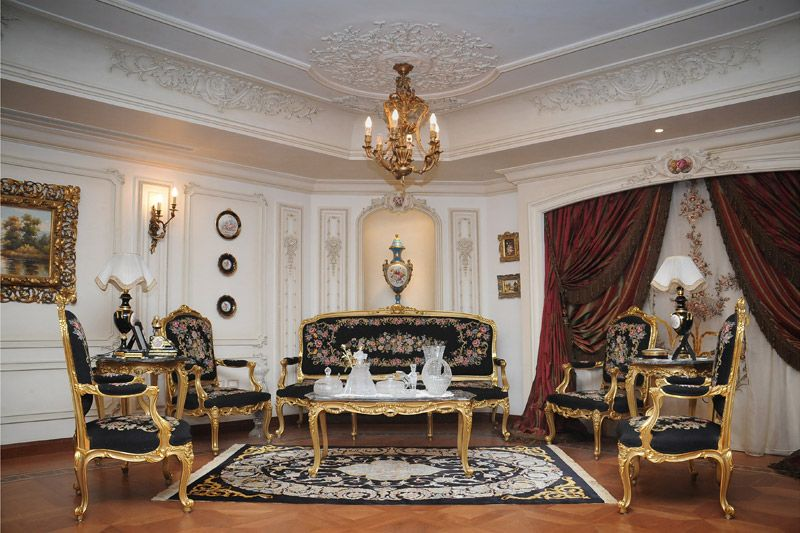 Italian villas interiors badawey villa interior for Classic villa interior design