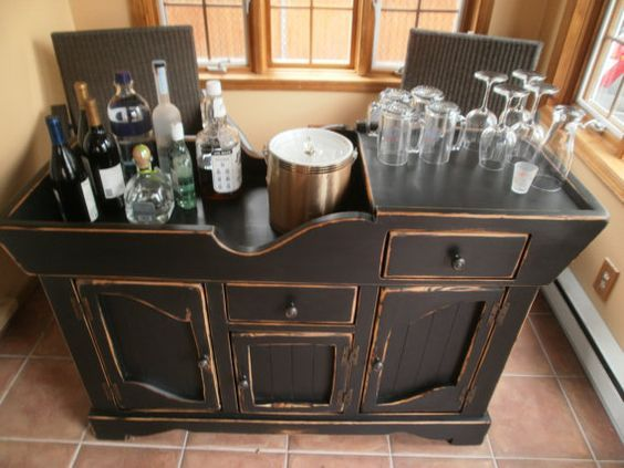 Mini Bar vintage distressed dry sink