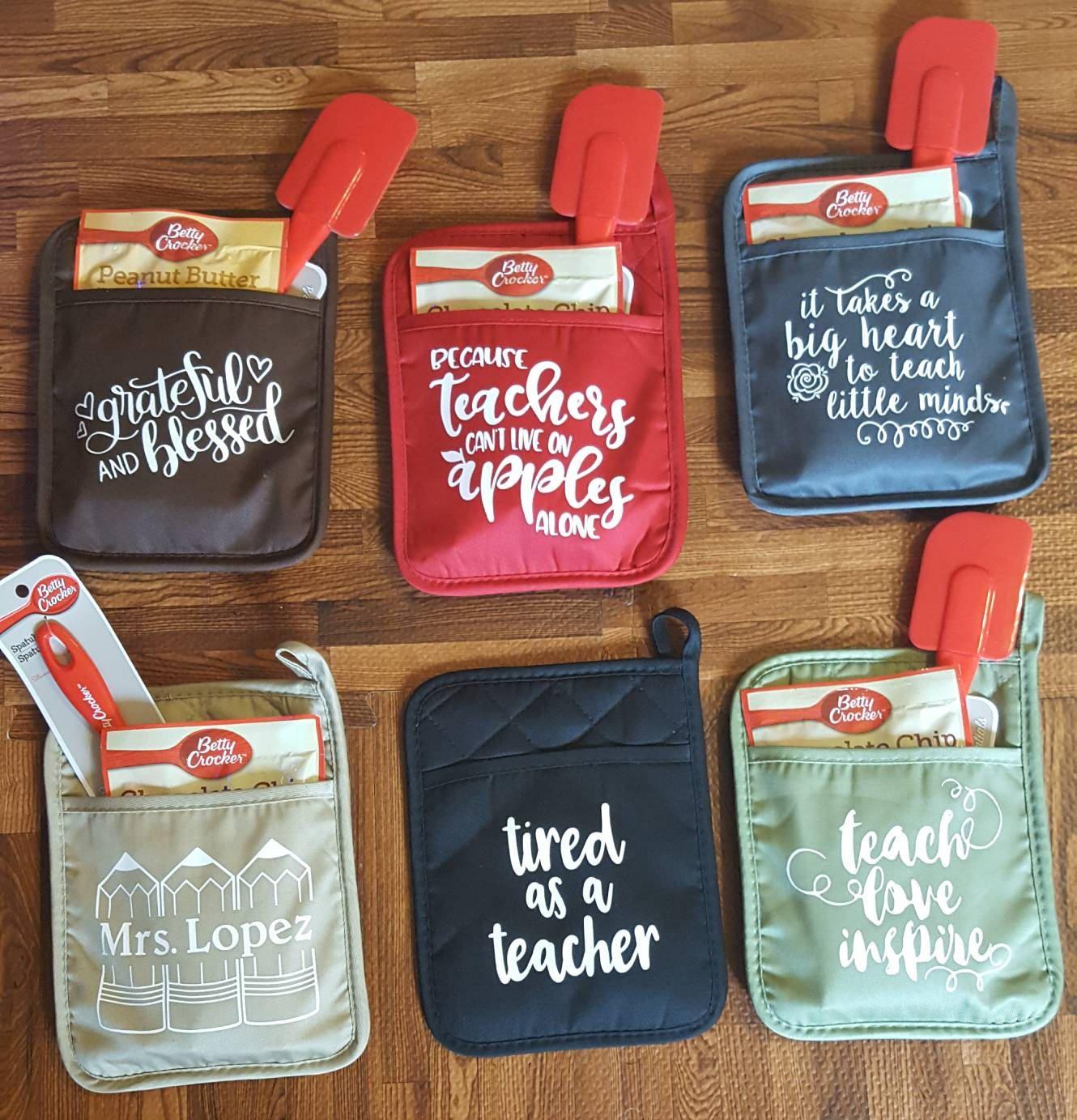 Pot holders, gifts, teacher appreciation, backtoschool #diychristmasgifts