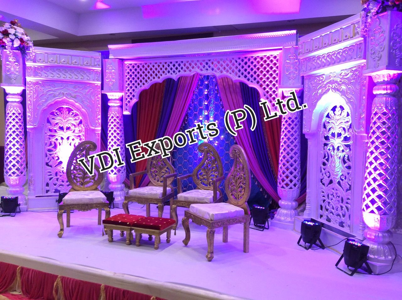 wedding stage decoration pics%0A Wedding Fiber Backdrop Panel Stage with Paisley Chairs