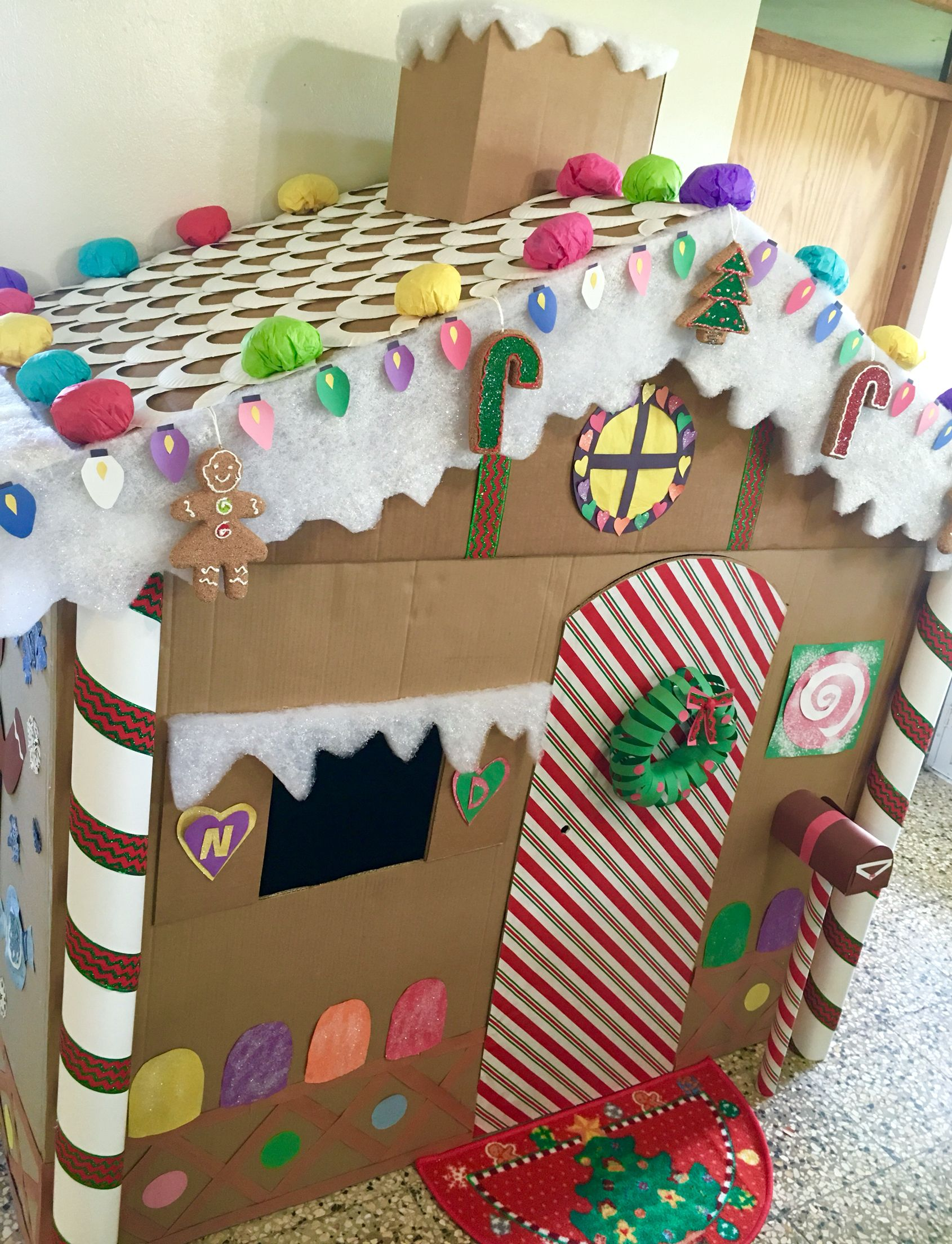 Remarkable Giant Gingerbread House Fun Ideas Christmas Download Free Architecture Designs Rallybritishbridgeorg