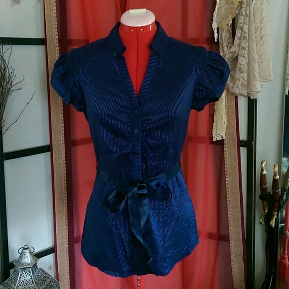 NWOT Striped V-neck button up Never got to wear this beautiful top. Royal and navy blue. Buttoned collar and button up front. Puffed sleeves and satin ribbon at the waist. Fits tight. Rue 21 Tops Button Down Shirts