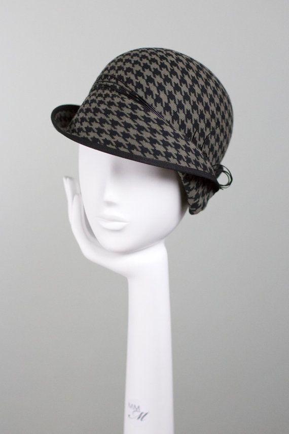 Felt Cloche Hat Wool Houndstooth Hat Camel par MaggieMowbrayHats ...