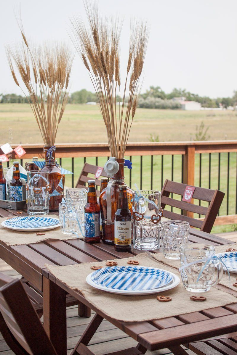 Oktoberfest Party Tablescape - part of Craft Beering's Oktoberfest Bash! #octoberfestfood