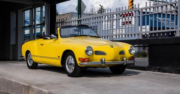 1971 Karmann Ghia -- Mine was a 70, otherwise this is identical. Wow.