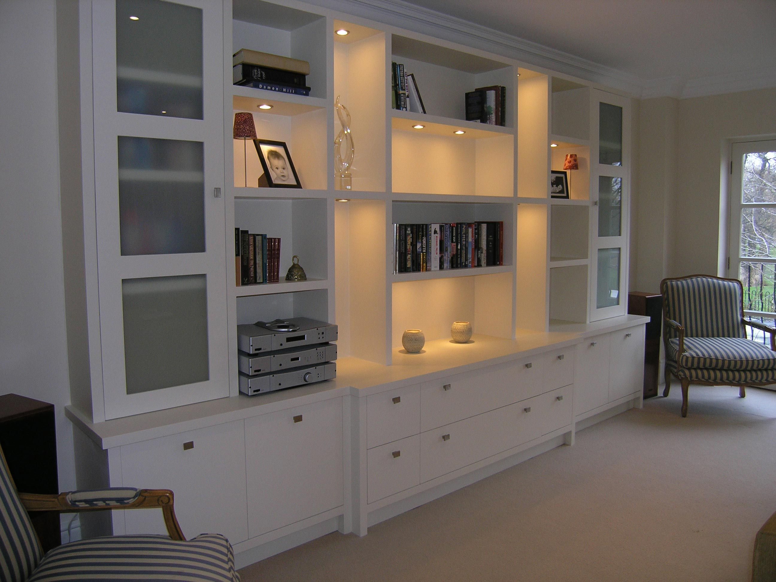 Wohnzimmer Schrank Designs Verwenden Sie Eine Anweisung Stuhl Zu Erstellen Die Eine D Storage Furniture Living Room Living Room Shelves Living Room Cabinets