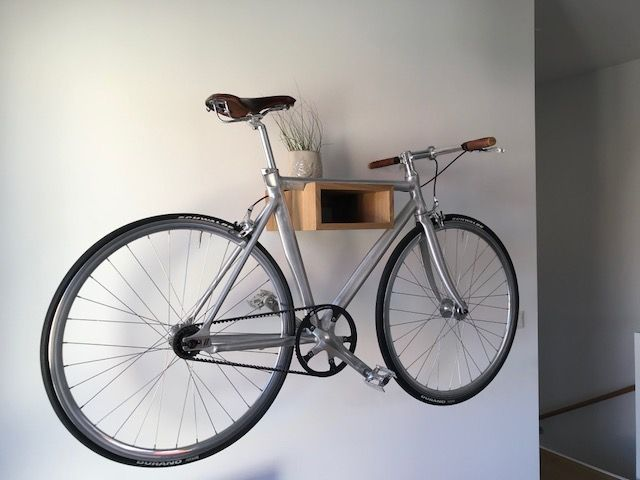 fahrrad wandhalterung gustav fahrrad wandhalter rennrad wandhalterung fixie bikeshelf. Black Bedroom Furniture Sets. Home Design Ideas