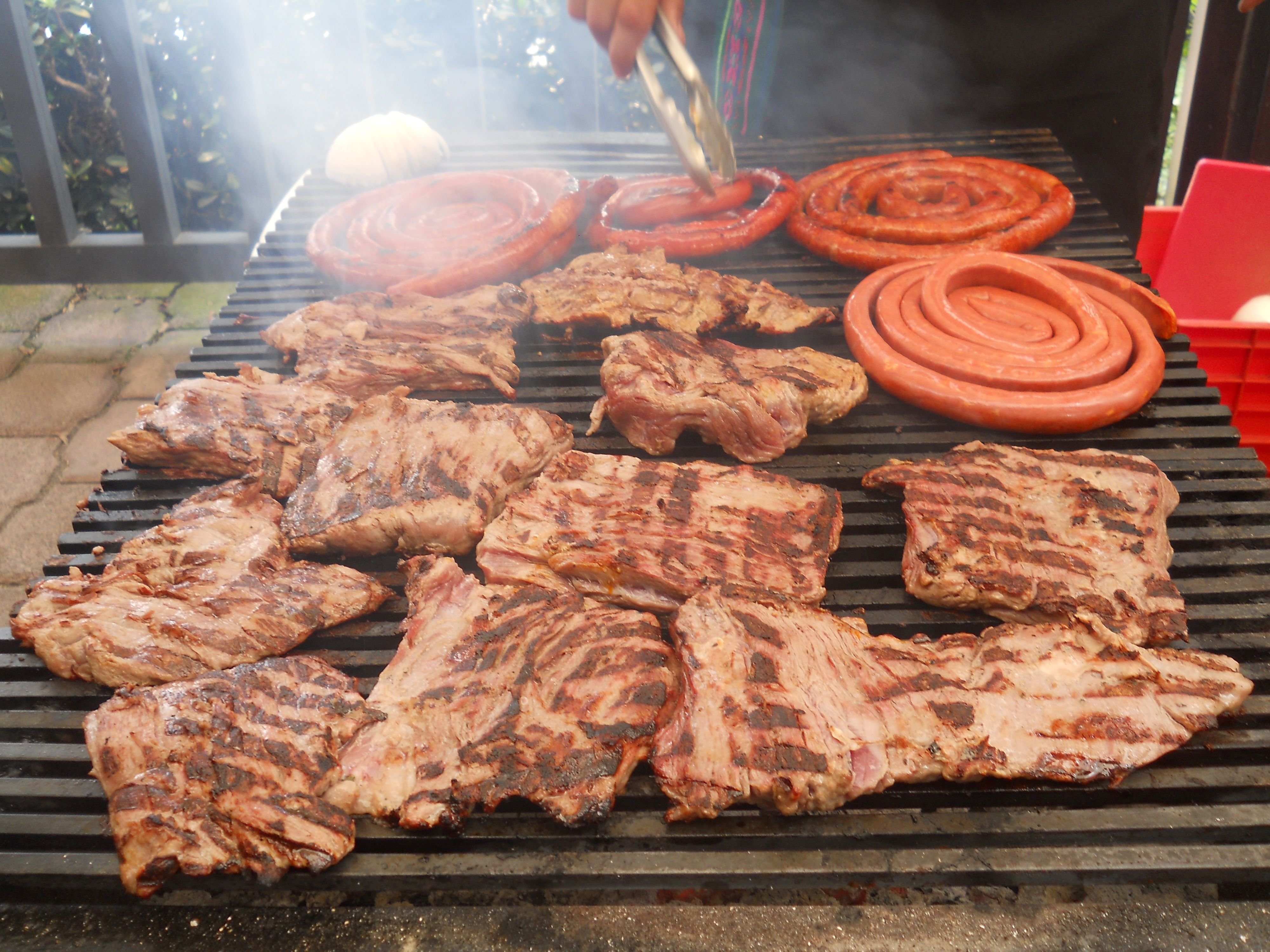 En esta temporada de calor te recomendamos UNA PARRILLADA para festejar contamos con 10 exquisitas variedades www.tacoselcipres.com.mx