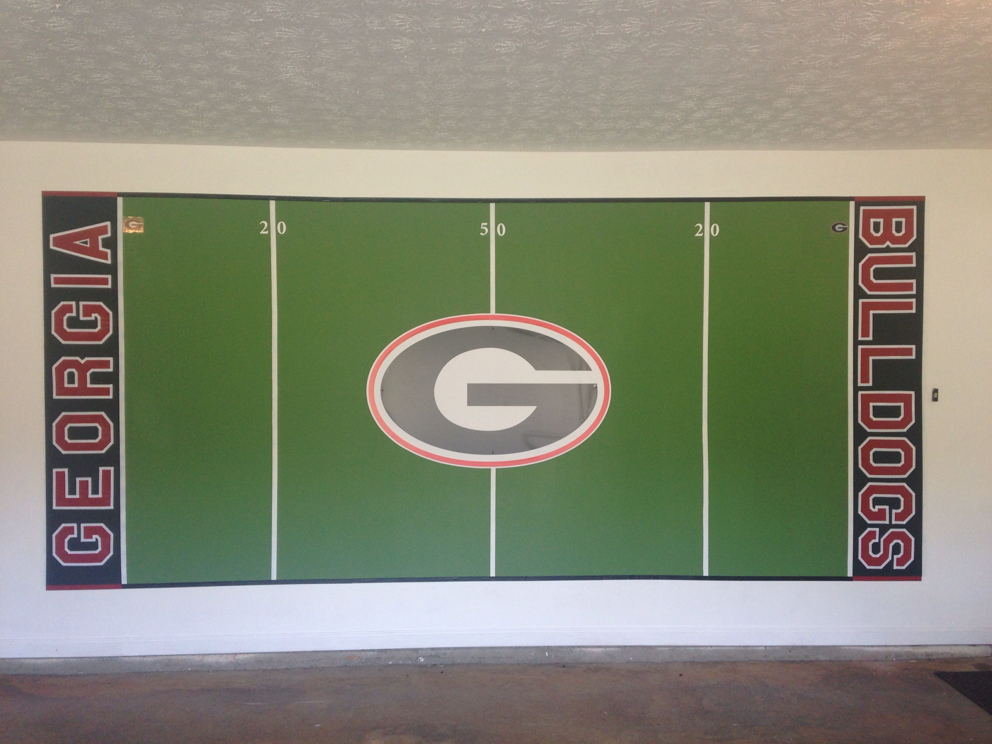 #fancave #mancave #godawgs garage painting