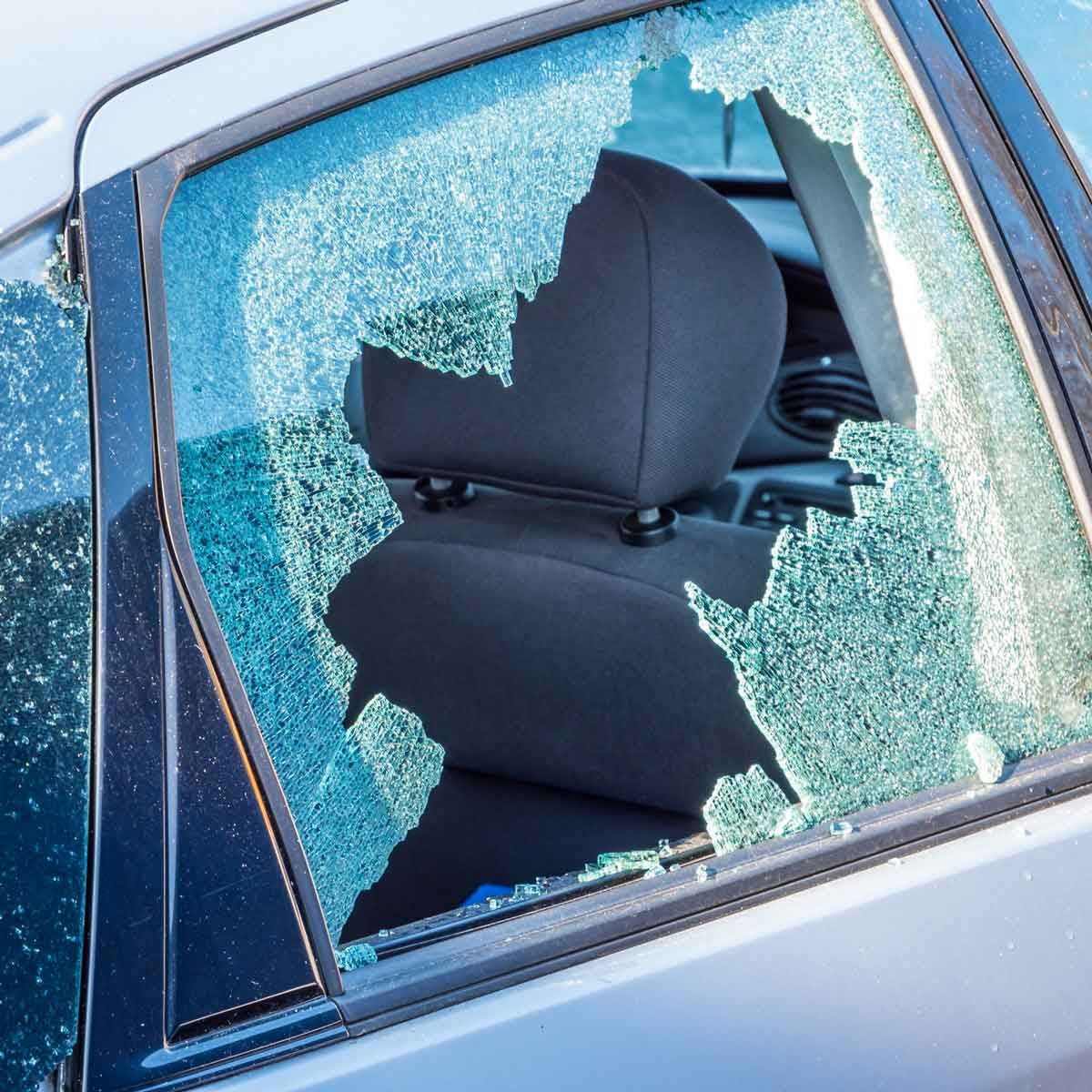 How To Temporarily Cover A Broken Car Window In 2020 Car Window Car Window Coverings