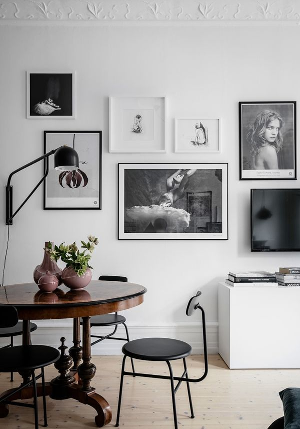 Gallery wall inspiration via Dining room inspo