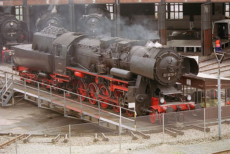 File:Locomotive BR52-8079-7.jpg