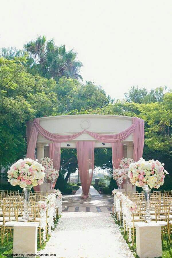 These gorgeous wedding ceremony decorations ideas will