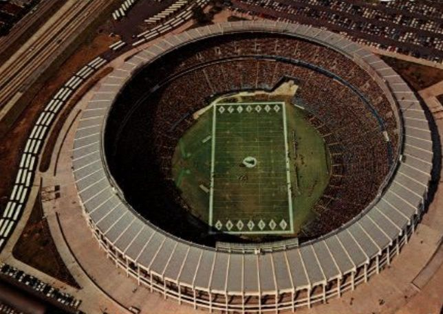 Atlanta Falcons New Stadium Nfl New Renderings Of The Atlanta Falcons New 1 Billion Stadium Atlanta Falcons Stadium Atlanta Falcons Stadium
