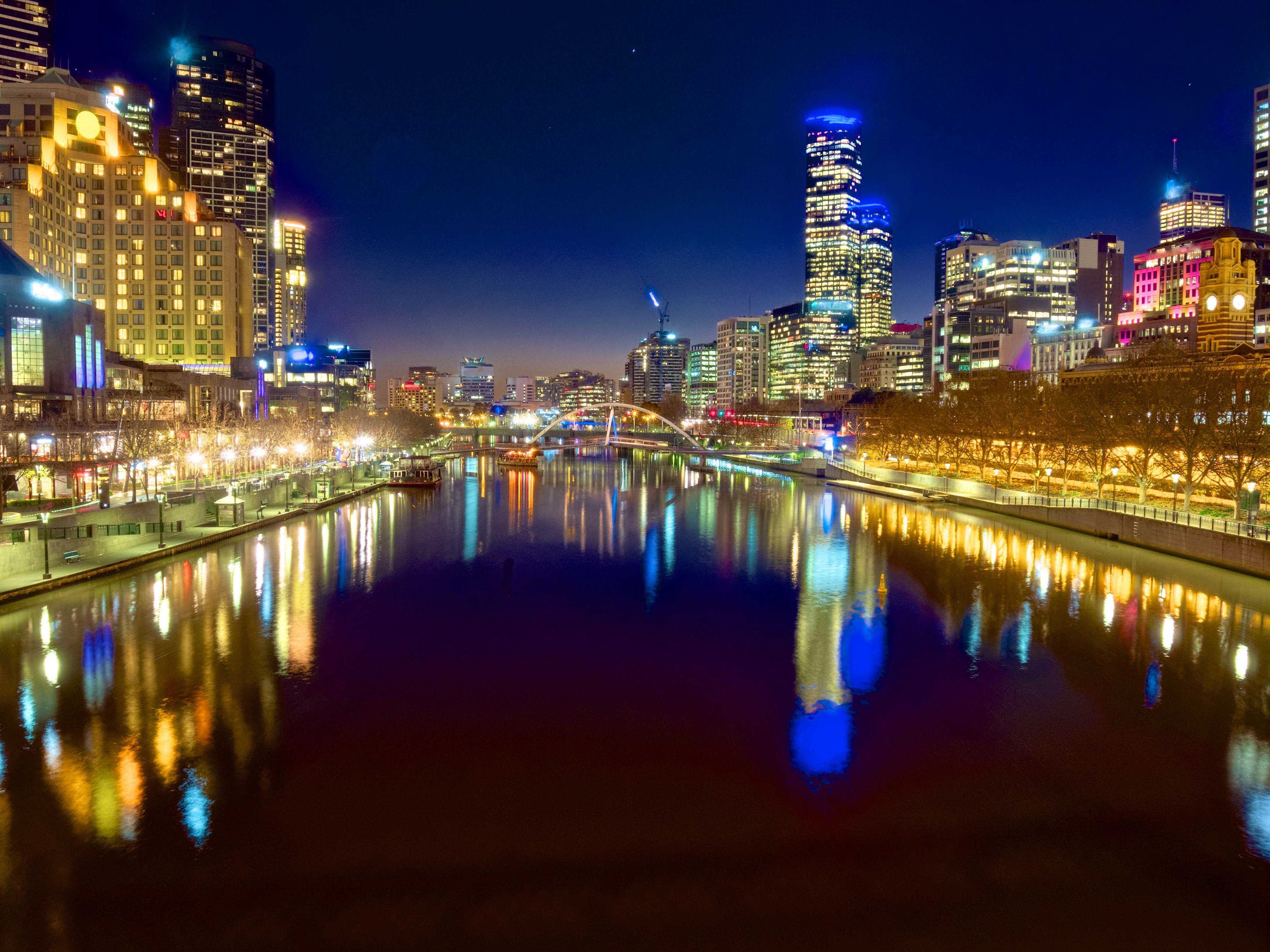 limousine transfers, services Brisbane, Gold coast