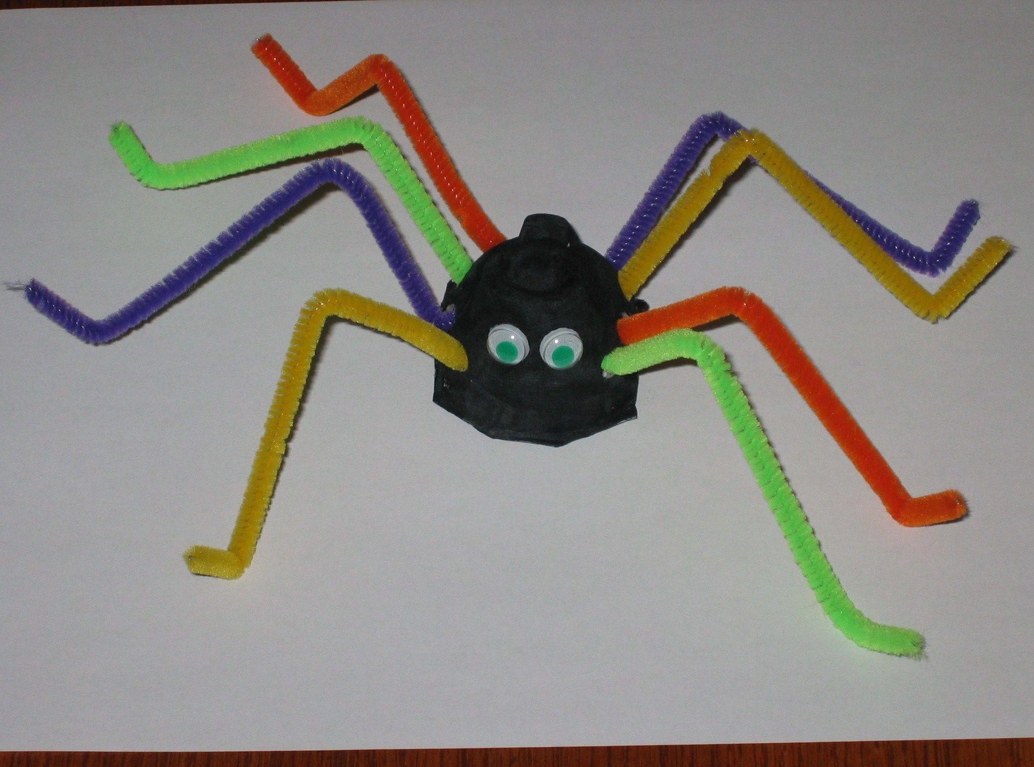 Pipe cleaner spider | Kids' Crafts | Pinterest | Spider ...