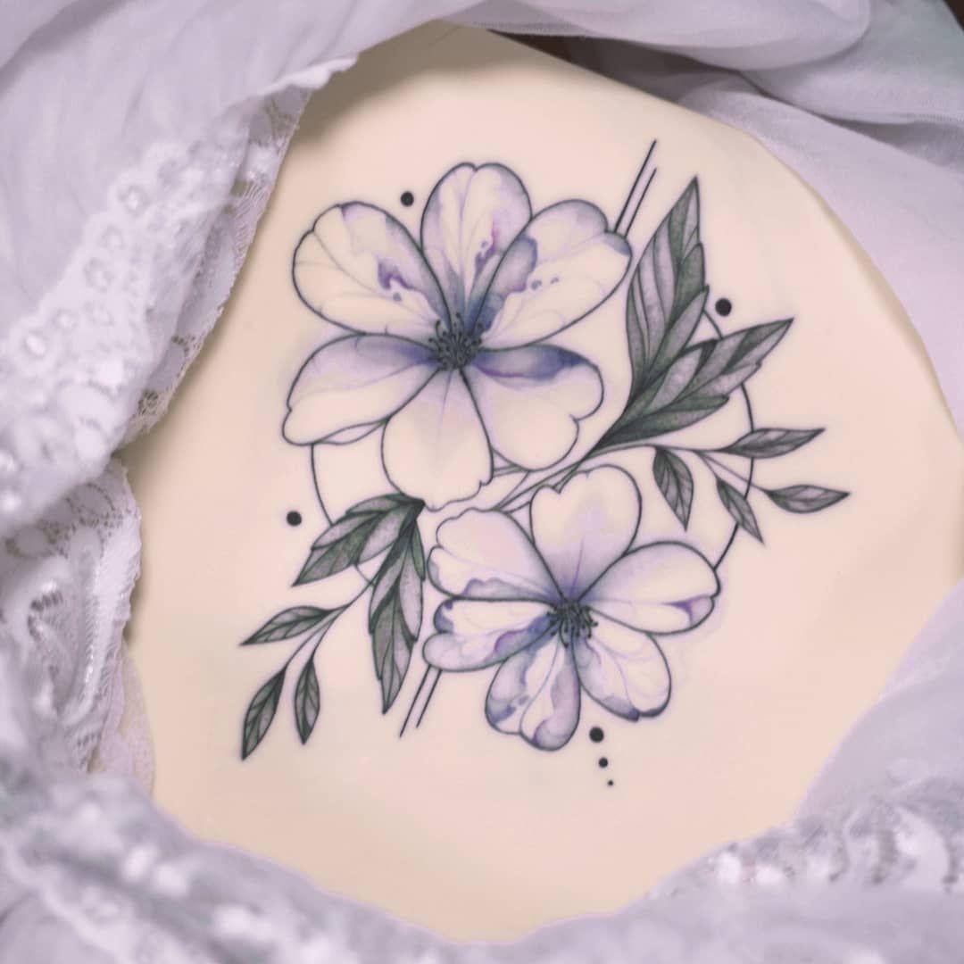 Kolejny projekt Asi @asiamadziala_tattoo 🌸🌿 #tattoo #tattooidea #tttism #tattoocollection #tattoosforgirls #tattooer #tattooaddict #tattooart #tattooinspiration #tattooartist #floraltattoo #watercolortattoo