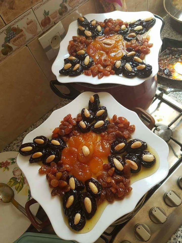 طيب البرقوق و المشمش المجفف Cuisine Algérienne In 2018 Desserts