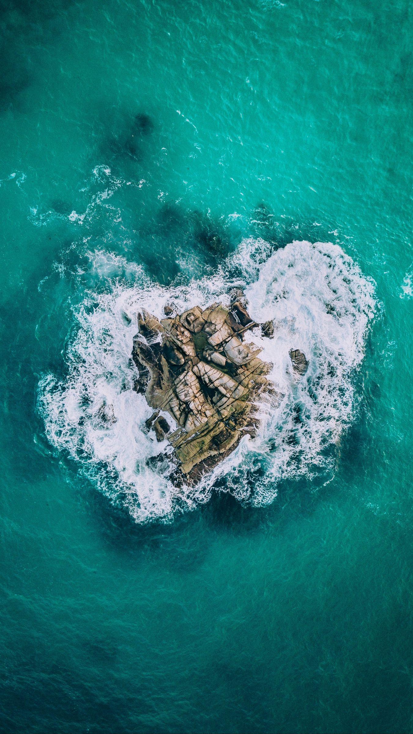 Download Wallpaper 1350x2400 Island Ocean Rocks Surf Iphone 8 7 6s 6 For Parallax Hd Back Ocean Wallpaper Nature Wallpaper Beautiful Landscape Wallpaper