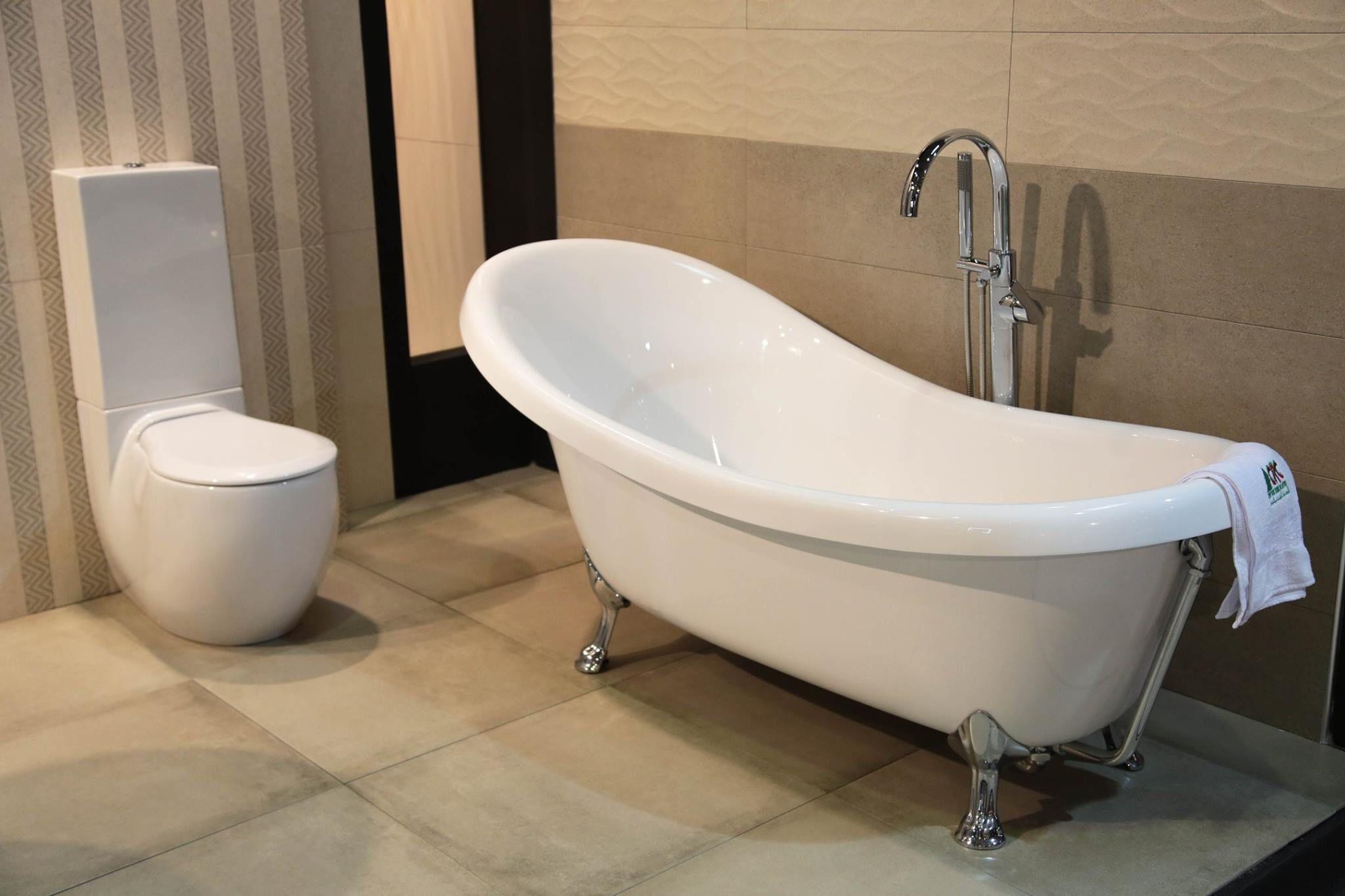 Sanitaire, Salle De Bain, Cuvette ,cuvette Design ,cuvette Art Ceram  ,baignoire