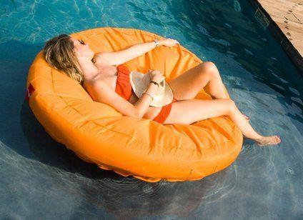 This Round Pool Float Will Keep You Dry And Soaking Up The Sun The Adjustable Inflation Allows For You To Sit Slightly In Pool Lounger Pool Lounge Pool Cover